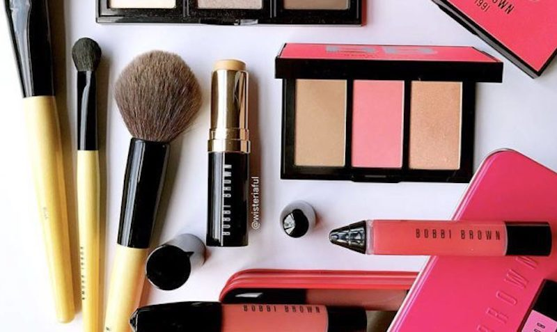 Discount SALE at Bobbi Brown Cosmetics