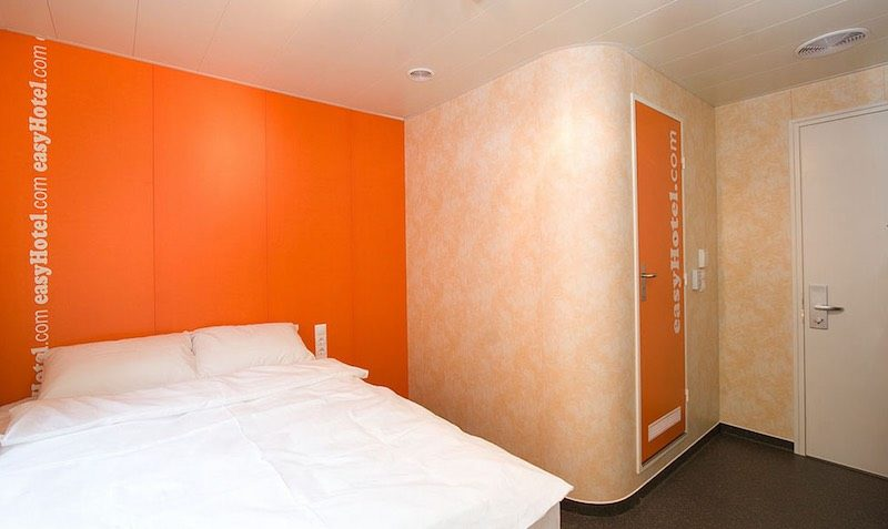 easyHotel discount coupon