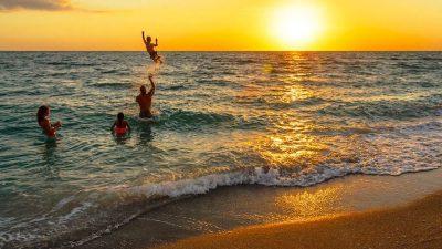 Vacations Travel DEALS at FlipKey