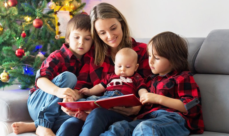 Kidsbooks.com SALE